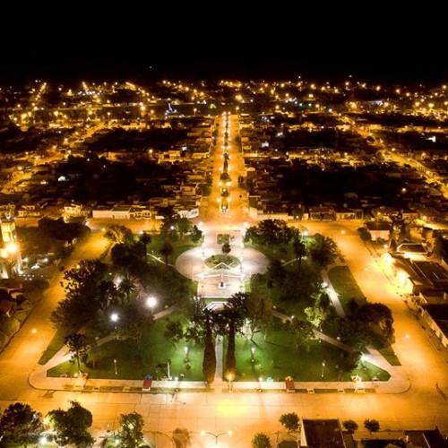 Alcira Gigena de noche