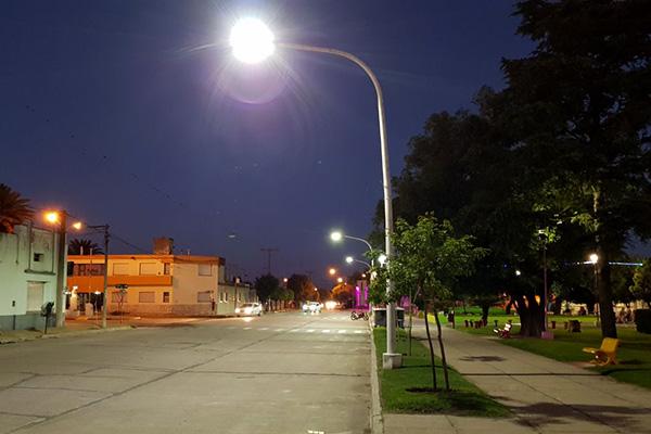 luminaria led Plaza Roca